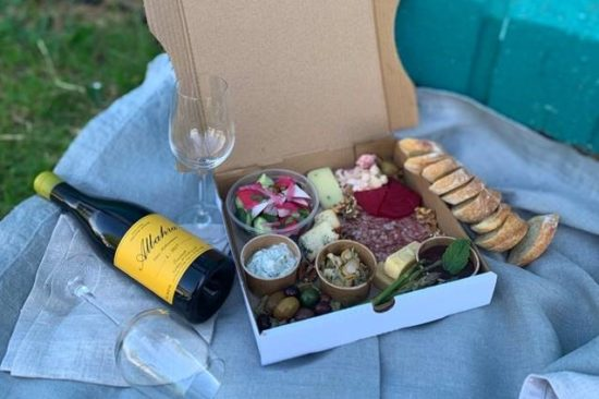 PICNICS WILL RULE YOUR WEEKENDS - Looking At Food Trends For 2021 - FoodServ
